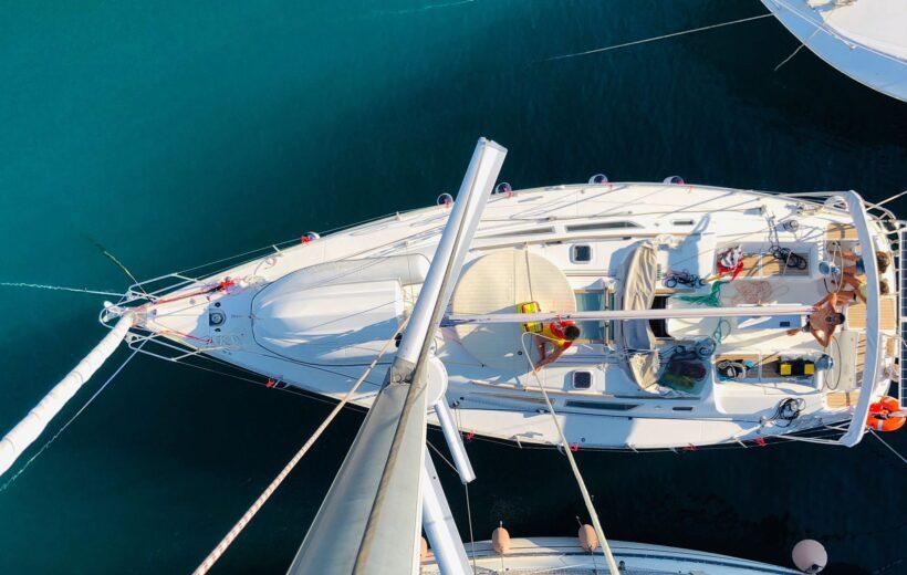 Scirocco - Tour in Barca a vela alle grotte di Polignano a Mare